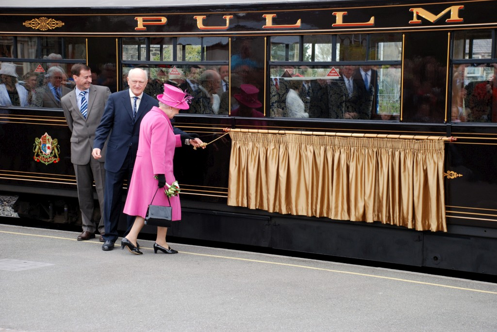 Her Majesty The Queen naming Pullman carriage 'Glaslyn'