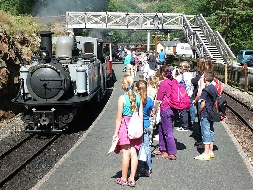 Passengers ready to board their train at Tan y Bwlch