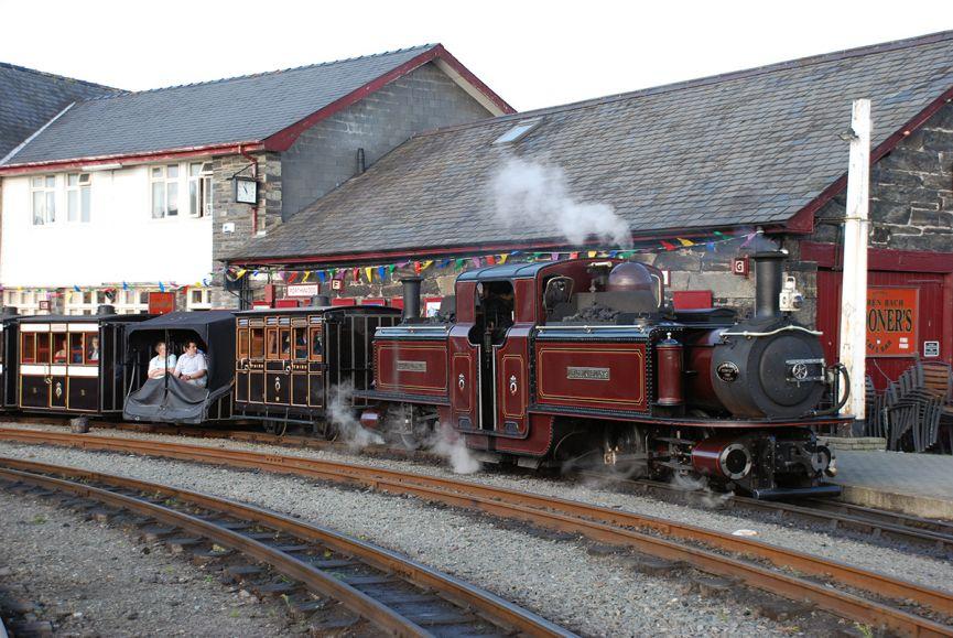 Vintage train at Harbour Station