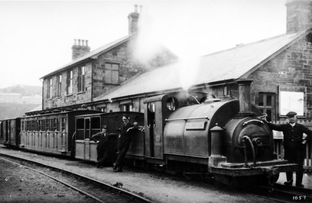 Palmerston-at-Harbour-c1924s.jpg
