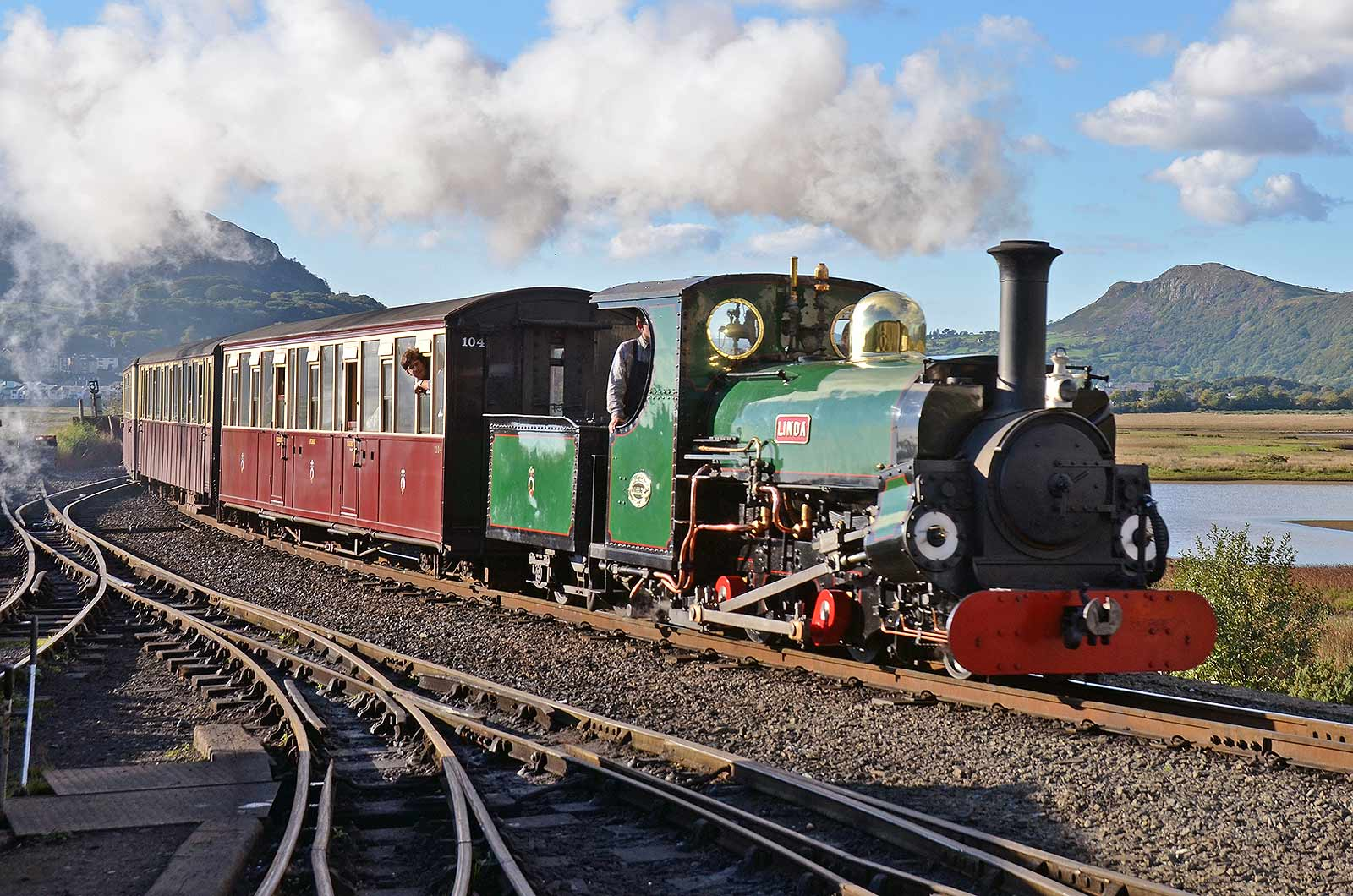 Society Christmas Appeals – Linda overhaul and new Third Class WHR carriage